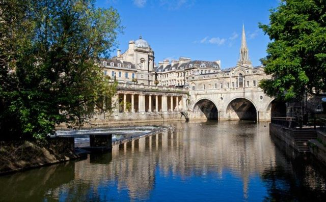 Cursos de Inglés en Bath