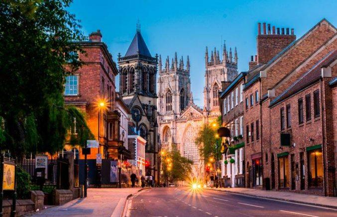 Cursos de Inglés en York