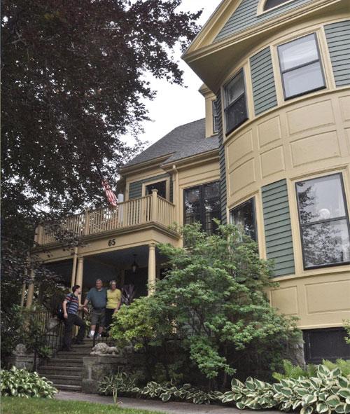 alojamiento familias Boston estudios de ingles Midleton School