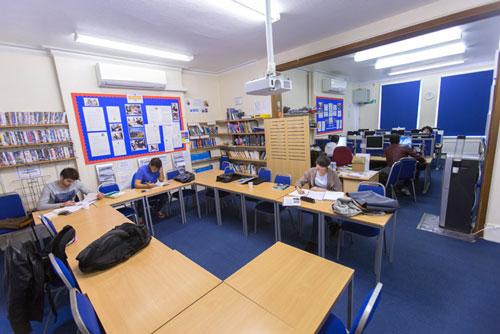 escuela Studio Cambridge aprender ingles en Cambridge Midleton School