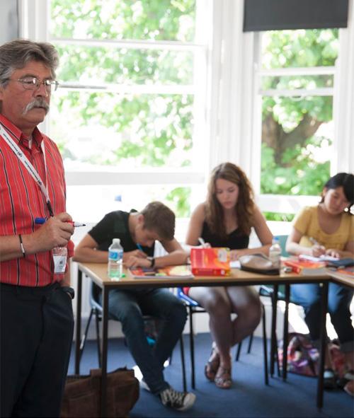 Clases de inglés en Worthing Inglaterra Midleton school