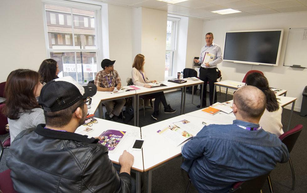 Cursos de inglés en Manchester Inglaterra Midleton School
