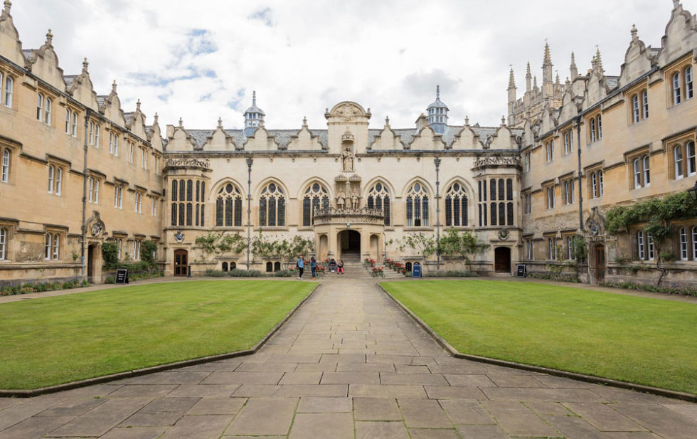 estudiar-ingles-en-Oxford-Midleton-School