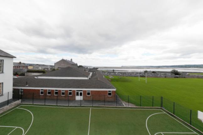 Dugarvan CBS colegios en Irlanda Midleton School