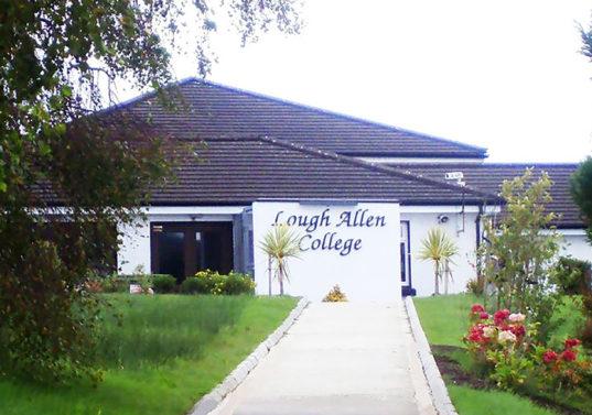 Lough Allen College colegio Irlanda con Midleton school
