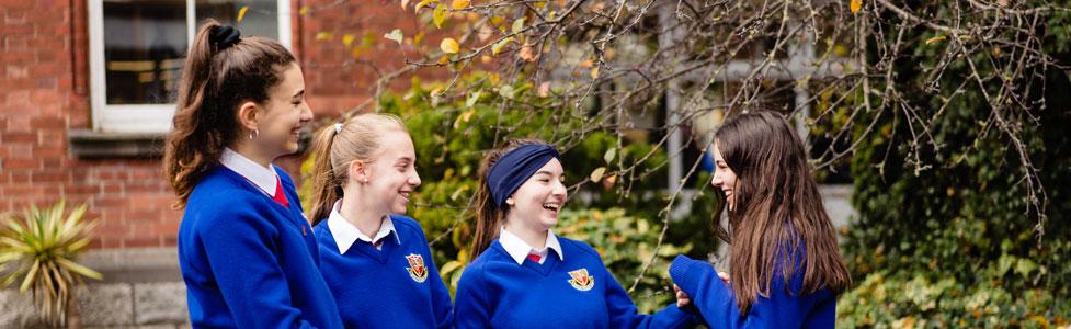 Año escolar en Irlanda Midleton school