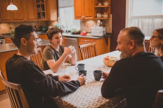 Cursos de inglés en casa del profesor en Irlanda Midleton School